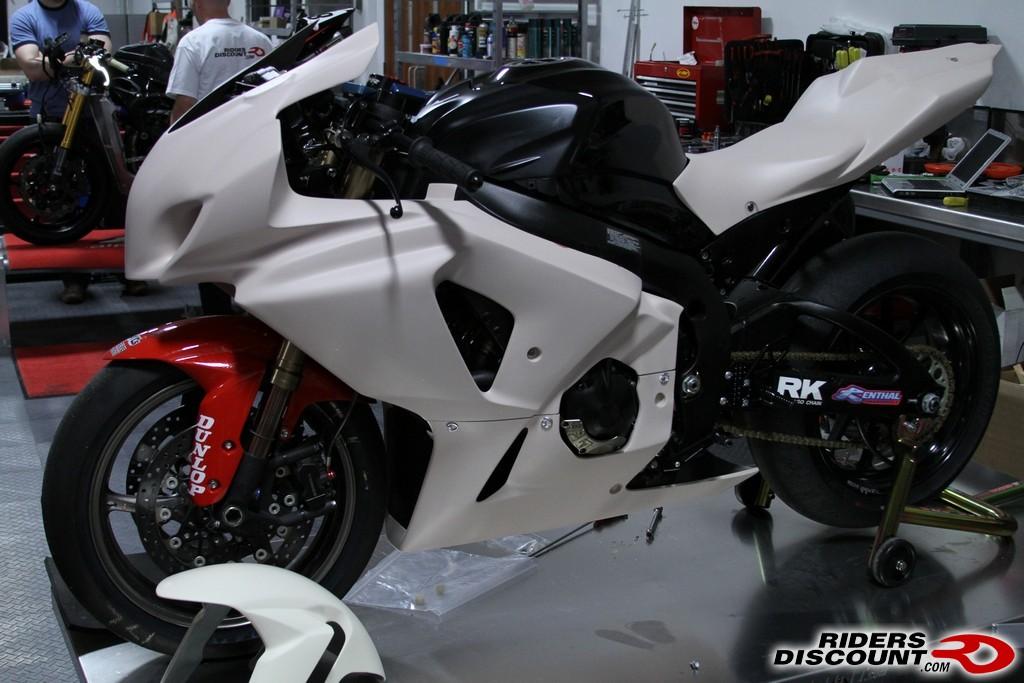 Remove  Suzuki Gsxr Bodywork